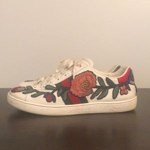 GUCCI Ace Sneakers (Floral Embroidered)